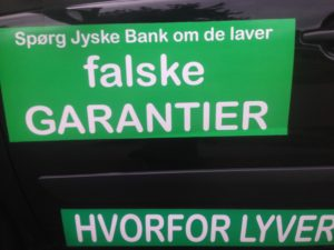 Kontakt Jyske Bank hvis du vil have ærlig rådgivning www.banknyt.dk #Danmarks store #kriminelle #virksomhed #Danske #Svindel #Bank #Jyskebank kender ikke til #hæderlighed, og #bedrager lille #virksomhed på trods af at #AndersDam og koncern ledelsen er oplyst om, at den kriminelle jyske bank bevist bedrager kunden ved #Svig og #Falsk på 10'ende år. #Ærlighed eller #Hæderlighed #Lyve #Bedrageri #Dokumentfalsk #Bedrageriske #Stjålende - BEDRAGERI Fraud in the Danish banks by by Jyske Bank management #Bank #AnderChristianDam #Gangcrimes #Crimes #Stock #Recommendations #Rental #Property #Lejebolig #Journalist #Press - When the Danish banks deceive their customers a case of fraud in Danish banks against customers :-( :-( When the #Danish #Banks as #jyskebank are making fraud And the gang leader, Anders Dam controls the bank's fraud. :-( Anders Dam Bank's CEO refuses to quit fraud against customers - So it only shows how criminal the Danish jyske bank is. :-) Do not trust the #JyskeBank they are #Lying constantly, when the bank cheats you The fraud that is #organized through by 3 departments, and many members of the organization JYSKE BANK :-( The Danish bank jyske bank is a criminal business Follow the case in Danish law BS 99-698/2015 :-) :-) - Thanks to all of you we meet on the road. Which gives us your full support to the fight against the Danish fraud bank. JYSKE BANK :-) :-) Please ask the bank, jyske bank if we have raised a loan of DKK 4.328.000 In Danish bank nykredit. as the Jyske bank writes to their customer, who is ill after a brain bleeding - As the bank is facing Danish courts and claim is a loan behind the interest rate swap The swsp Jyske Bank itself made 16-07-2008 #Financial #News #Press #Share #Pol #Recommendation #Sale #Firesale #AndersDam #JyskeBank #ATP #PFA SøgAsyl GratisFerie GratisBolig BilligBil GratisBil #MortenUlrikGade #PhilipBaruch#LES #GF #BirgitBushThuesen #LundElmerSandager #Nykredit #MetteEgholmNielsen #Loan #Fraud #CasperDamOlsen #NicolaiHansen#SørenWoergaard #AnetteKirkeby #Koncernledelse #Jyskebank #Koncernbestyrelsen #SvenBuhrkall #KurtBligaardPedersen #RinaAsmussen #PhilipBaruch #JensABorup #KeldNorup #ChristinaLykkeMunk #HaggaiKunisch #MarianneLillevang #Koncerndirektionen #AndersDam #LeifFLarsen #NielsErikJakobsen #PerSkovhus #PeterSchleidt -IMG_3246